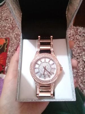 Reloj nuevo Vanesa Duran