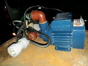 Bomba de agua con i instalación completa