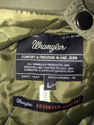 Campera Wrangler sin uso talle L con chaleco desmontable