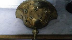 Lampara para pared en bronce tipo V