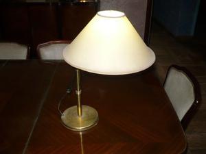 Lámpara de escritorio de bronce