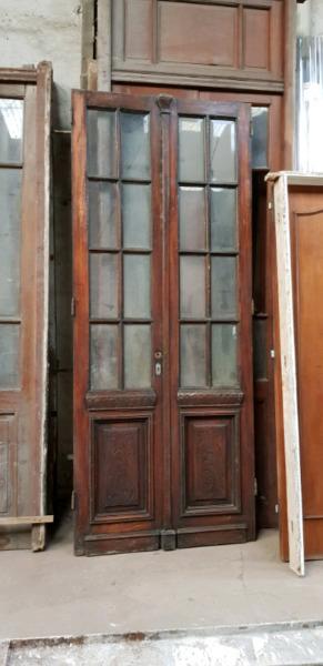 Puerta de cedro con vidrios posot class for Puertas dobles antiguas