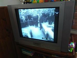 "TV 29"" pantalla Plana HITACHI"