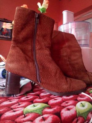Vendo botas de mujer marca febo talle 39