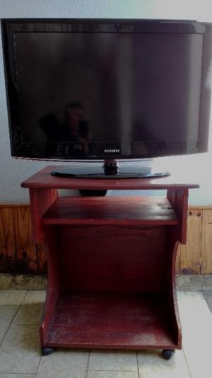 """TV LED SAMSUNG 32"""", EN IMPECABLE ESTADO, MAS MESA DE APOYO"""