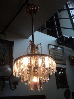 Antigua lámpara colgante estilo imperio. Antigua Sasudade