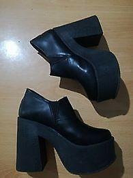 Botas de mujer talle 36 nuevas