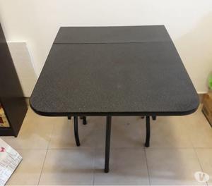 Juego de mesa plegable y sillas