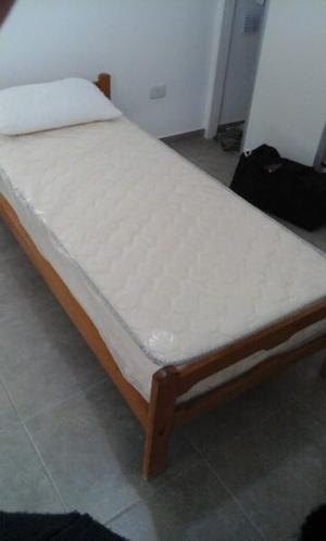 Oportunidad vendo cama de una plaza como nueva/colchon