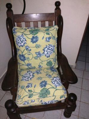 Vendo sillon de algarrobo