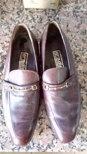 Zapatos de cuero para vestir. Hombre nro,37.
