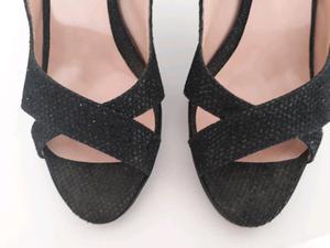 Sandalias stileto un uso GIESSO casi nuevas excelente