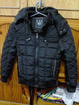 Campera importada para niño impecable estado