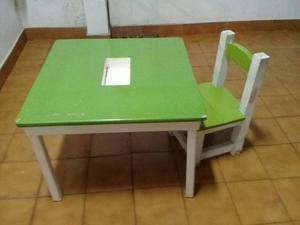 Mesa y silla para niños $750