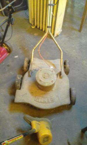 Cortadora eléctrica m/b $600 andando.