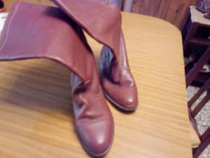 Botas cuero marrón