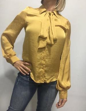 Camisa color mostaza Talle S Importada de USA