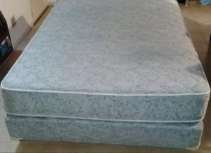 Colchón y sommier de 2 plazas