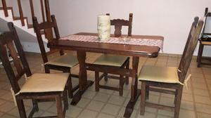 Juego de comedor mesa y 4 sillas de algarrobo
