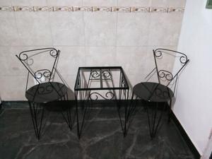 Juego de mesa y sillas matera vintage