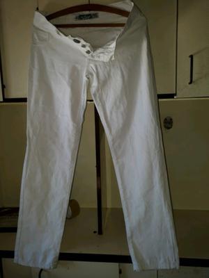Jeans elastizado color blanco talle 42