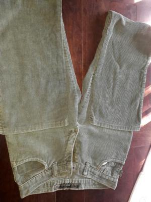 Pantalón de corderoy verde Tiro medio talle M