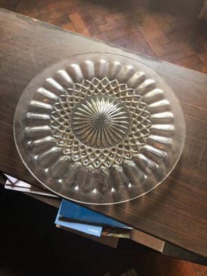 Plato de vidrio tallado centro de mesa