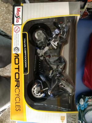 Honda CBR  RR - escala 1/12 - Maisto okm