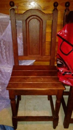 Como nuevas sillas de algarrobo torneadas