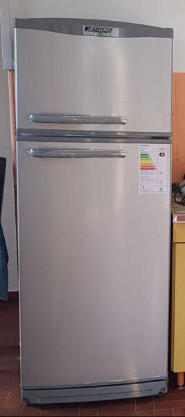 Heladera Peabody con Freezer. Nueva sin uso.