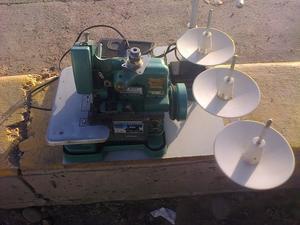 vendo Máquina Overlock Semi Industrial De 3 Hilos en buen