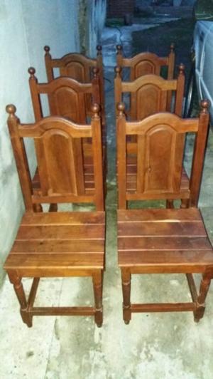 Importante juego de sillas de algarrobo como nuevas