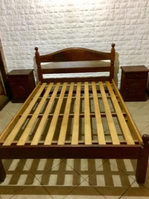 Juego dormitorio de Algarrobo