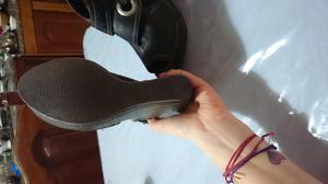 Sandalias de cuero interior acolchado