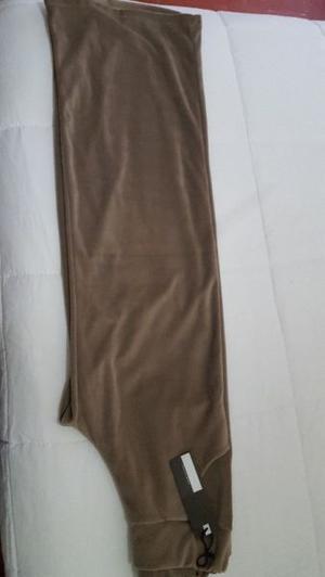 Vendo pantalon de terciopelo