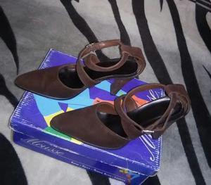 Vendo zapato con poco uso color marrón nro. 36