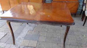 Antigua mesa extensible estilo francés