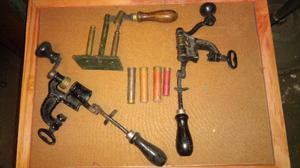Antiguos cargador de cartuchos de hierro y bronce coleccion