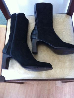 botas gamuza negra