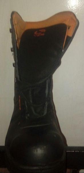 Borcegos y botas de gomas