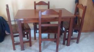 Mesa madera de campo con 4 sillas muy buen estado