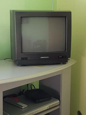 "Vendo TV 15"" Grundig color impecable"