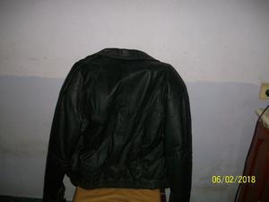 campera de cuero talle 1 casi sin uso