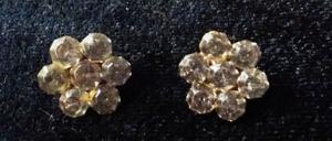 2 botones antiguos con strass, forma flor