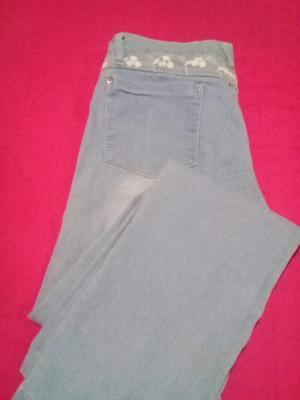 Jeans de mujer nuevos