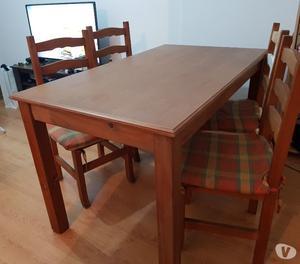 Excelente meesa de madera cipres macizo y 4 sillas