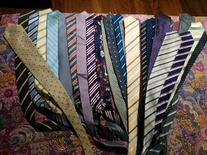 Lote de 30 corbatas