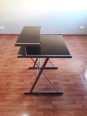 Mesa de PC de Vidrio Templado y aluminio Gris.