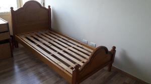 Vendo camas de 1 plaza. En muy buen estado!