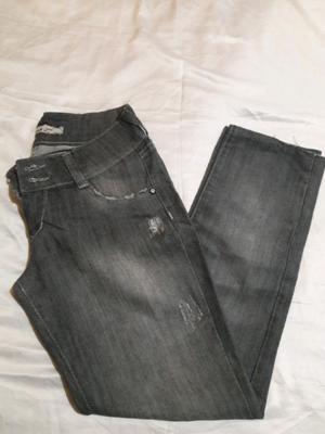 Lote de jeans Rectos de mujer talle 40 y 36 Usado